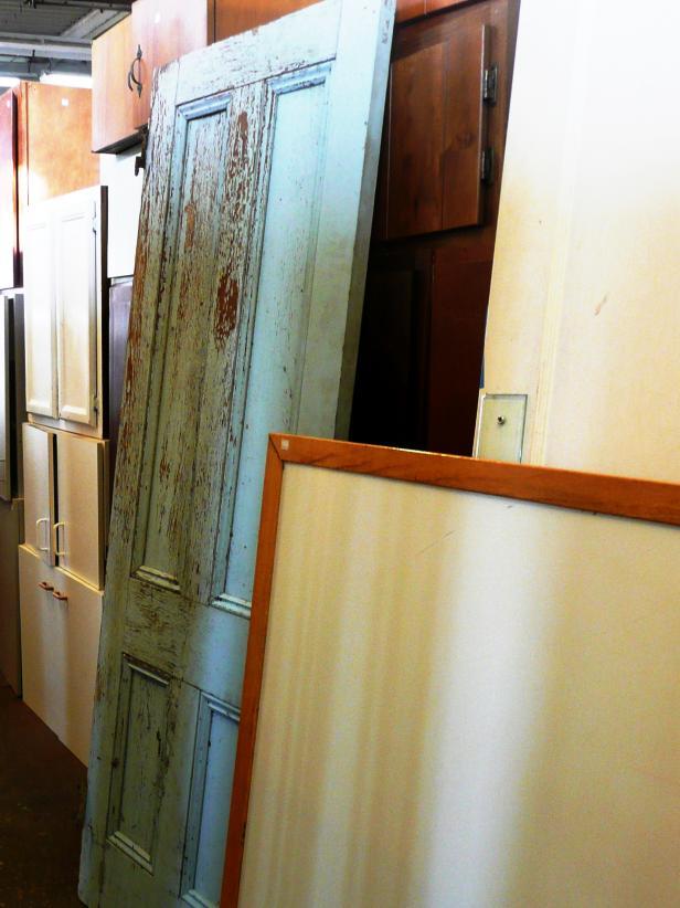Original_Door-Coffee-Table_Door-Before_s4x3