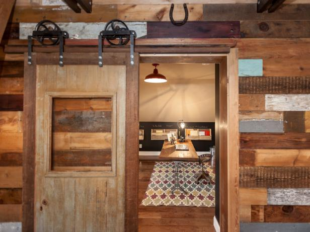 How To Build A Sliding Barn Door Diy Barn Door How Tos