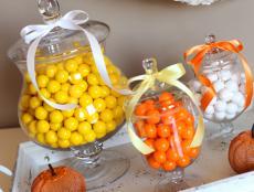 CI-Vicki-Lynn-Photography_Candy-Apothecary-Jar-Halloween_s3x4
