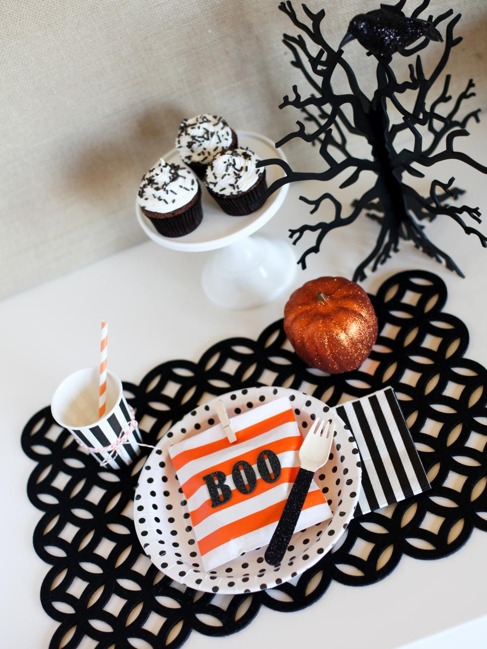 Homemade halloween decorations for kids - Silhouette Pumpkin