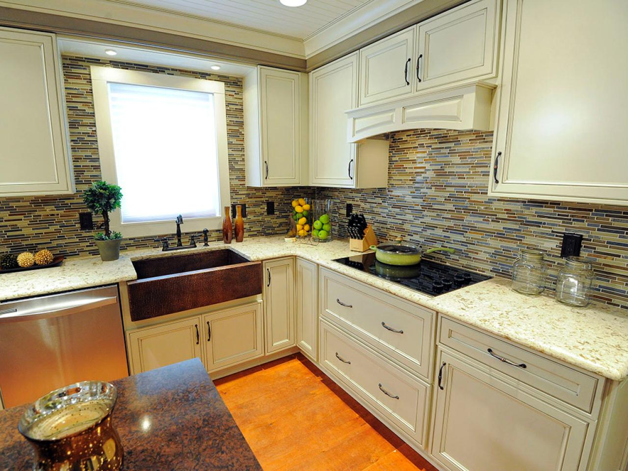 Kitchen crashers diy for Kitchen home improvement