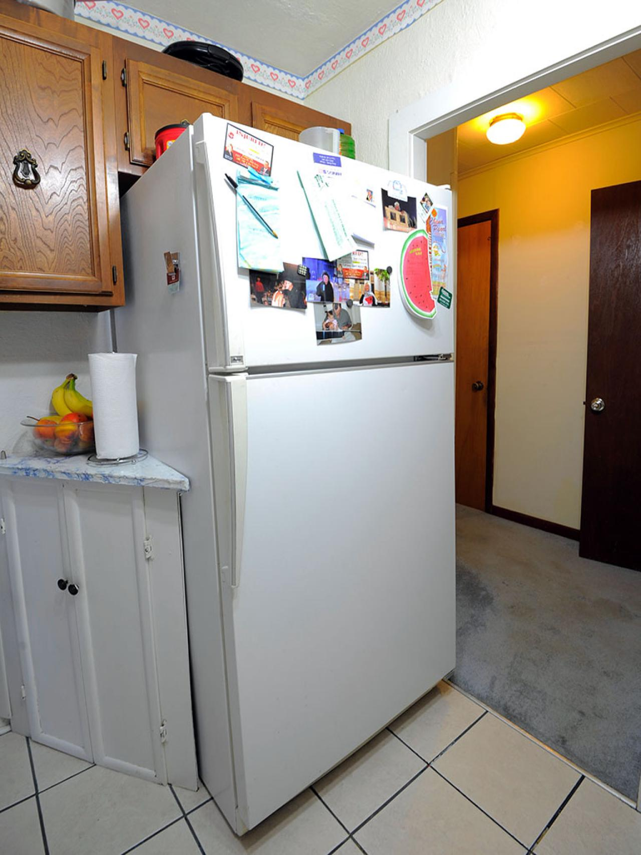 Worst kitchen before in the old kitchen the refrigerator Is kitchen crashers really free