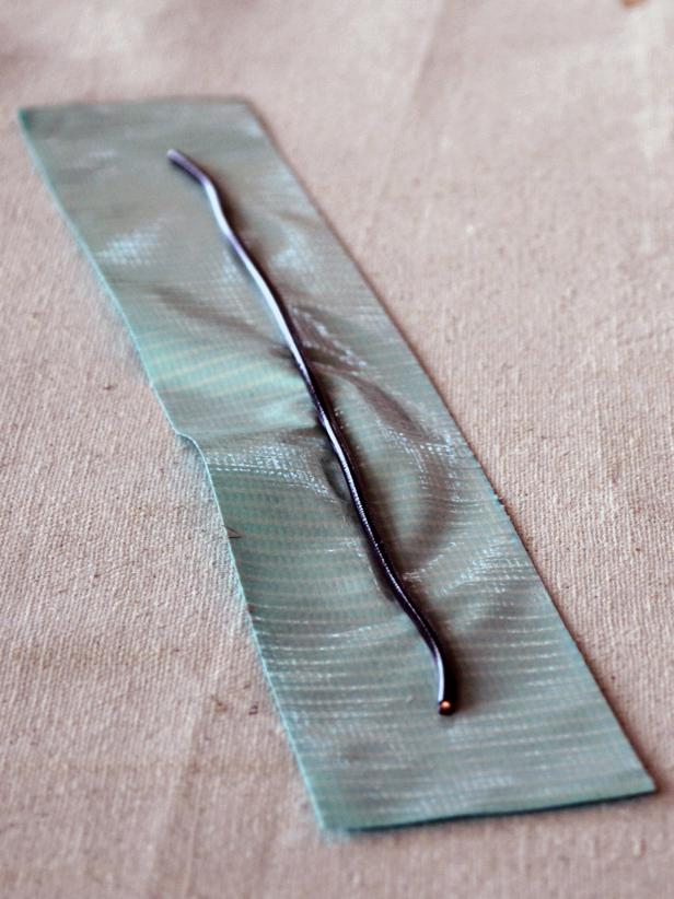 Original-duct-tape-bracelets-blue1_s3x4