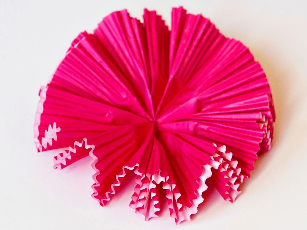 Как сделать кексы из бумаги поэтапно