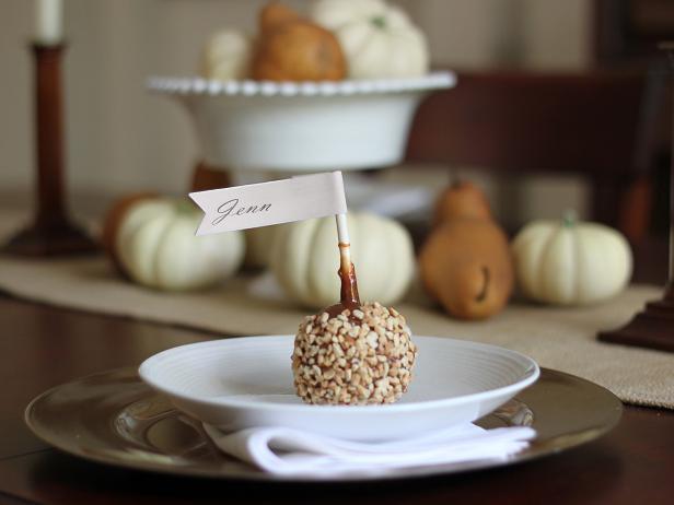 CI-Kori-Clark_Thanksgiving-placecard-carmel-apple-flag3_h