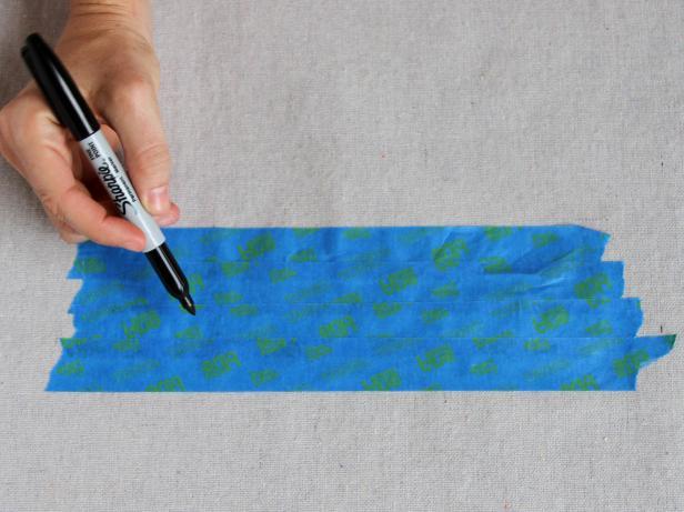 CI-Brittni-Mehloff_Halloween-bat-doormat-draw-stencil-step2_h