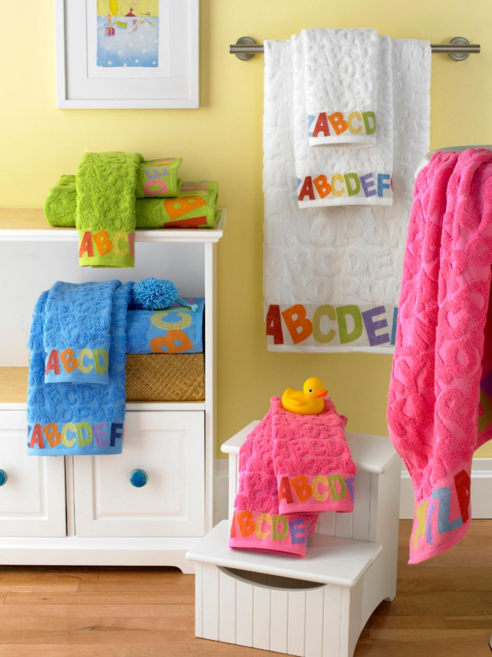 Big Ideas For Small Bathroom Storage DIY - Cute bath towel sets for small bathroom ideas
