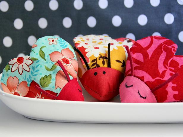 CI-Jess-Abbott_Love-bug-stuffed-toys2_h