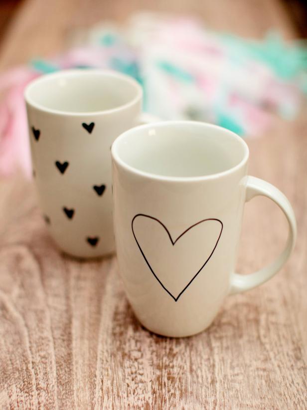 CI-Rennai-Hoefer_Valentine-brunch-heart-coffee-cup_v