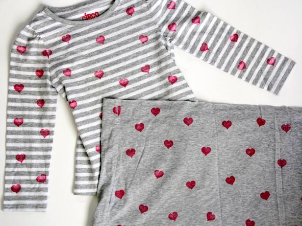 CI-Jess-Abbott_Heart-dress-stamped-hearts7_h