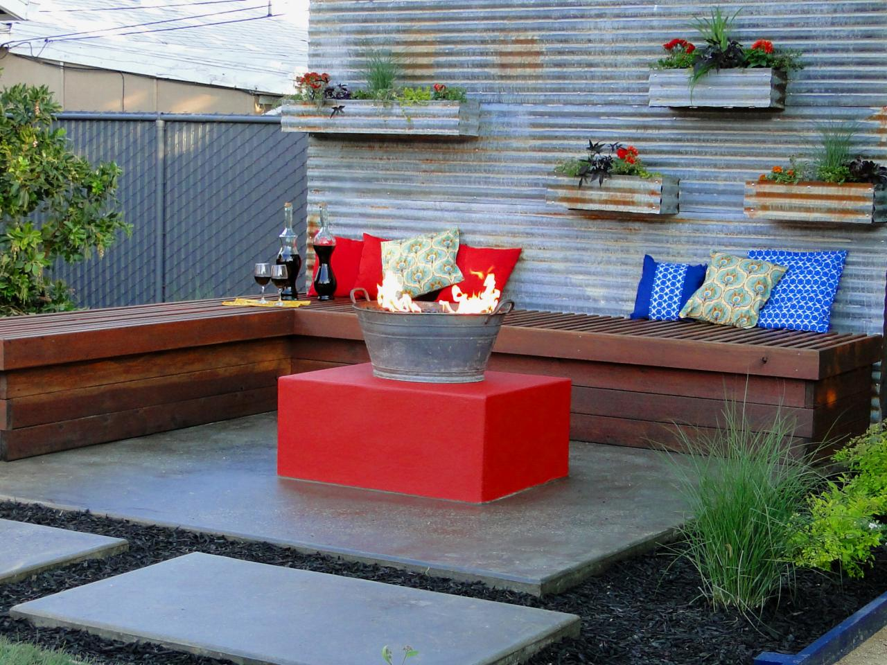 Inexpensive Backyard Fire Pits : Fire Pit Design Ideas  DIY Shed, Pergola, Fence, Deck & More Outdoor