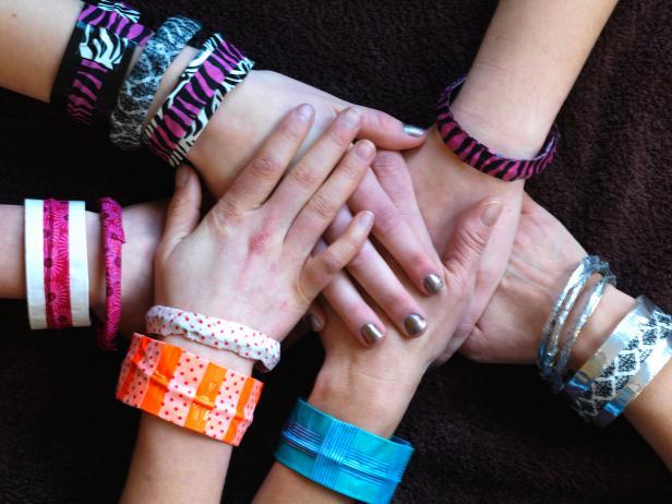 CI-Susan-Teare_Duct-tape-Washi-tape-bracelets_s4x3
