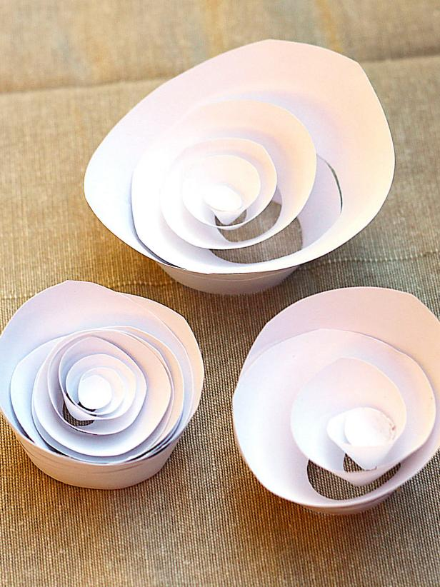 CI-Kori-Clark_Cupcake-liner-Flower-paper-swirled-up_s3x4