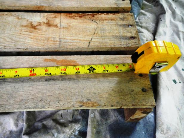 Original_raised-bed-measure-pallet_s4x3