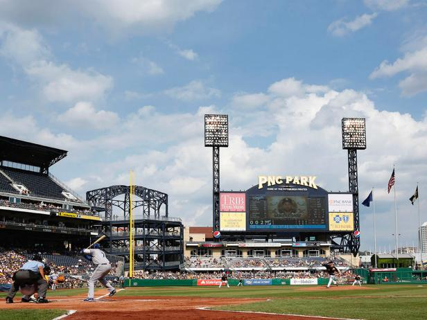 DYCR-MLB_Pittsburgh-PNC-Park_s4x3