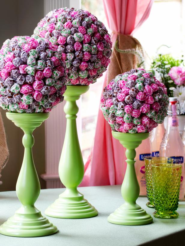 Original-Lollipop-Topiaries_green-glasses_3x4