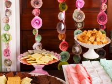 Original-brunch-wedding-shower_rosebud-garland_4x3