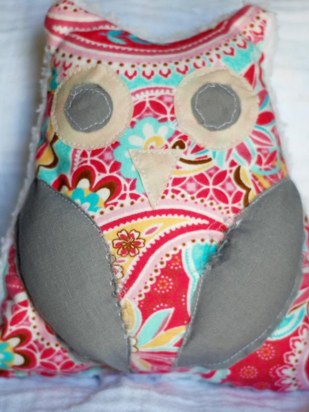 CI-Kara-Hill_toy-stuffed-owl-a_h