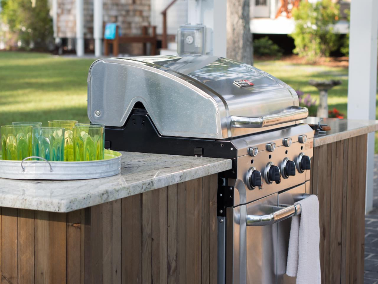 Outdoor Kitchen Countertop How To Build A Grilling Island How Tos Diy