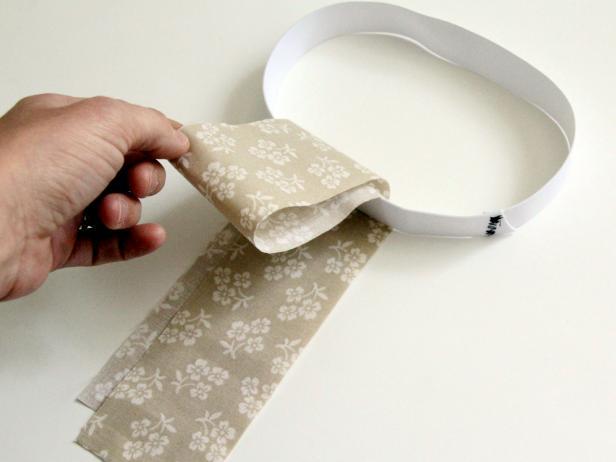 CI-Jess-Abbott_Upcycled-Tutu-wrap-fabric-strips-elastic-Step7_4x3
