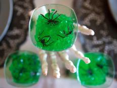 CI-Manvi-Drona_Halloween-Jello-Critters-hand_h