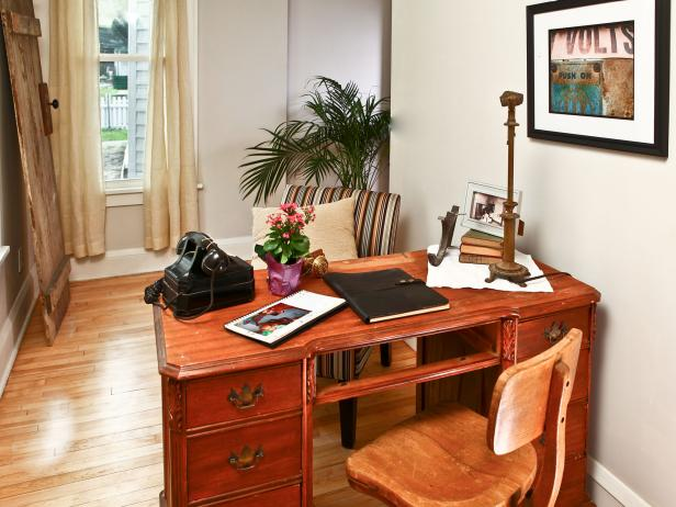 Rehab Addict: 4th Street, Home Office After