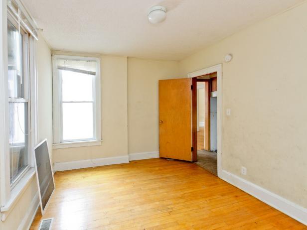BP_DRHA401__Rehab-Addict-4th-Street-home-office-before_h
