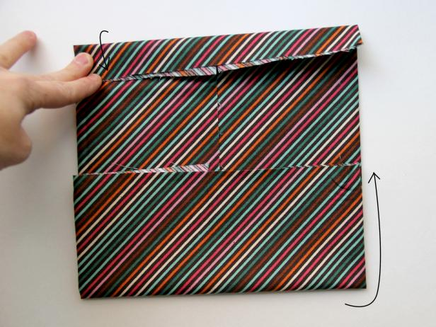 CI-Jess-Abbott_bow-tie-suspenders-onesie-bowtie-fabric-fold9_h