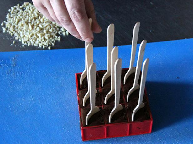 CI-Ellen-Ford_Mexican-Chocolate-Spoons-step6_h