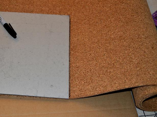 Original-Joanne-Palmisano_Fabric-Cork-Message-Board-step7_h
