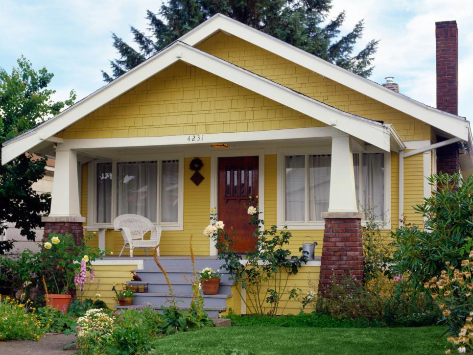Tips and Tricks for Painting a Home\'s Exterior | DIY