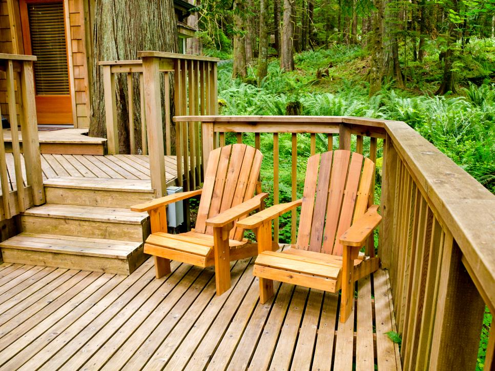 10 tips for building a deck diy for Things to consider when building a deck