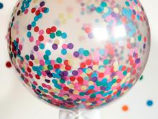 CI-Rennai-Hoefer_Sprinkle-baby-shower-confetti-balloon2_v