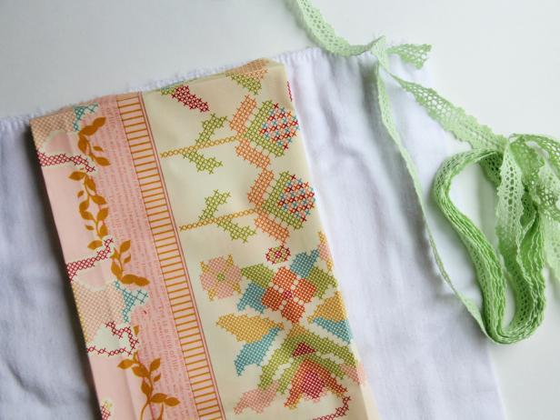 CI-Jess-Abbott_Embellished-burp-cloths-add-ribbon9_h
