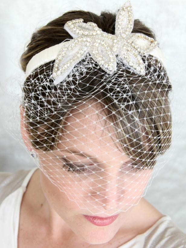 CI-Jess-Abbott_birdcage-bridal-veil_v