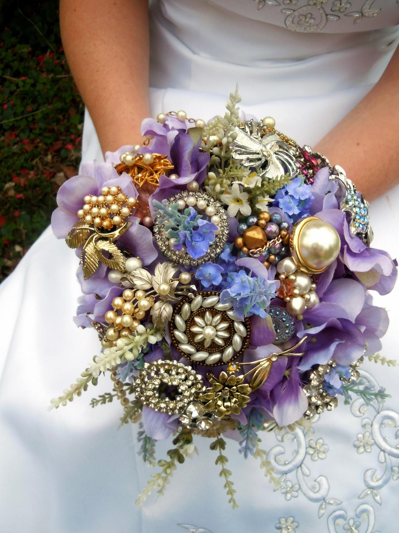 Bridal Bouquet Brooches : How to make a brooch bridal bouquet tos diy