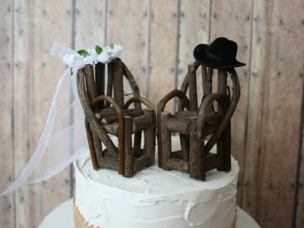 CI-MorganTheCreator_Western-chairs-wedding-cake-topper_s4x3