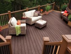 Relaxing Contemporary Deck with Wicker Furniture