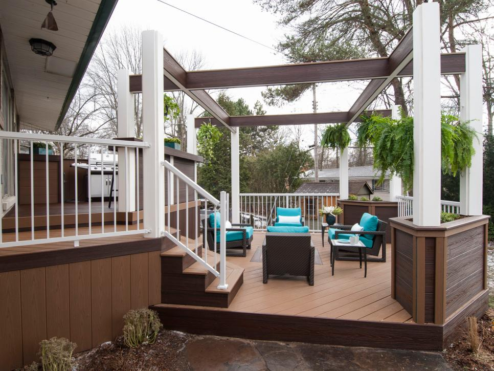 Before and afters of backyard decks patios and pergolas diy for Backyard decks