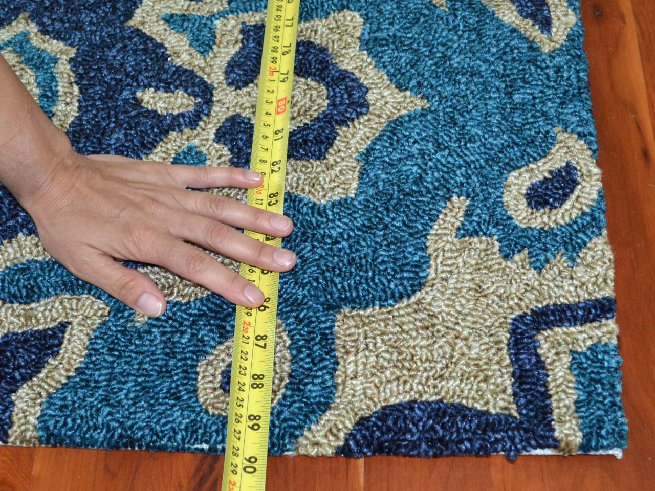 how to make a rug into a headboard how tos diy. Black Bedroom Furniture Sets. Home Design Ideas