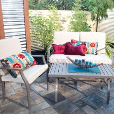 Yard Crashers: Colorful Accents