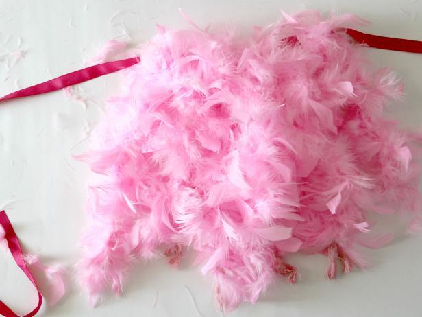 CI-Jess-Abbott_Halloween-Flamingo-Costume-tie-all-boas4_h