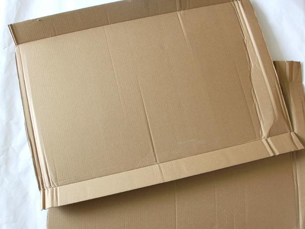CI-Jess-Abbott_Halloween-Rocketship-Wagon-cut-cardboard1_h