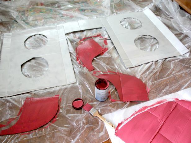 CI-Jess-Abbott_Halloween-Rocketship-Wagon-paint6_h