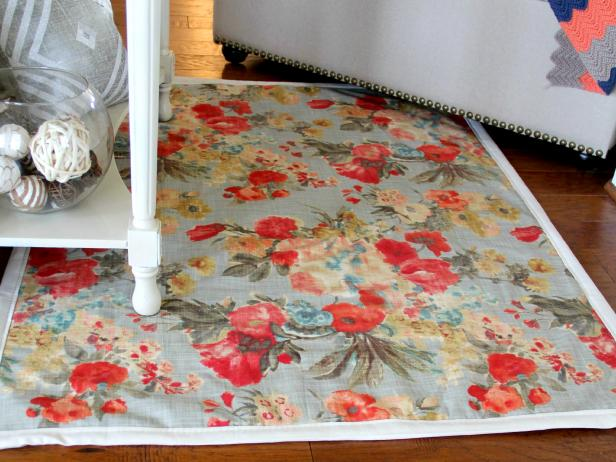 CI_Jess-Abbott_Fabric-Rug-with-border-beauty3_h