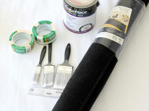 CI-Jess-Abbott_Painted-Rug-Black-and-White-tools-materials_h