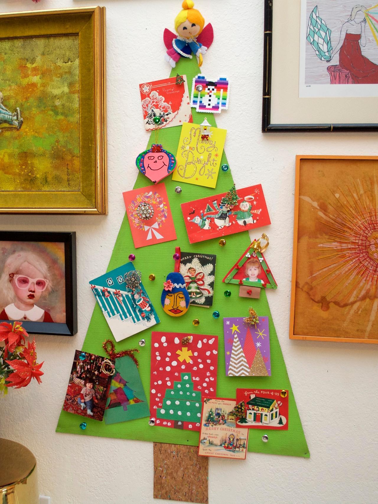 How To Make A Christmas Tree Corkboard To Display Greeting