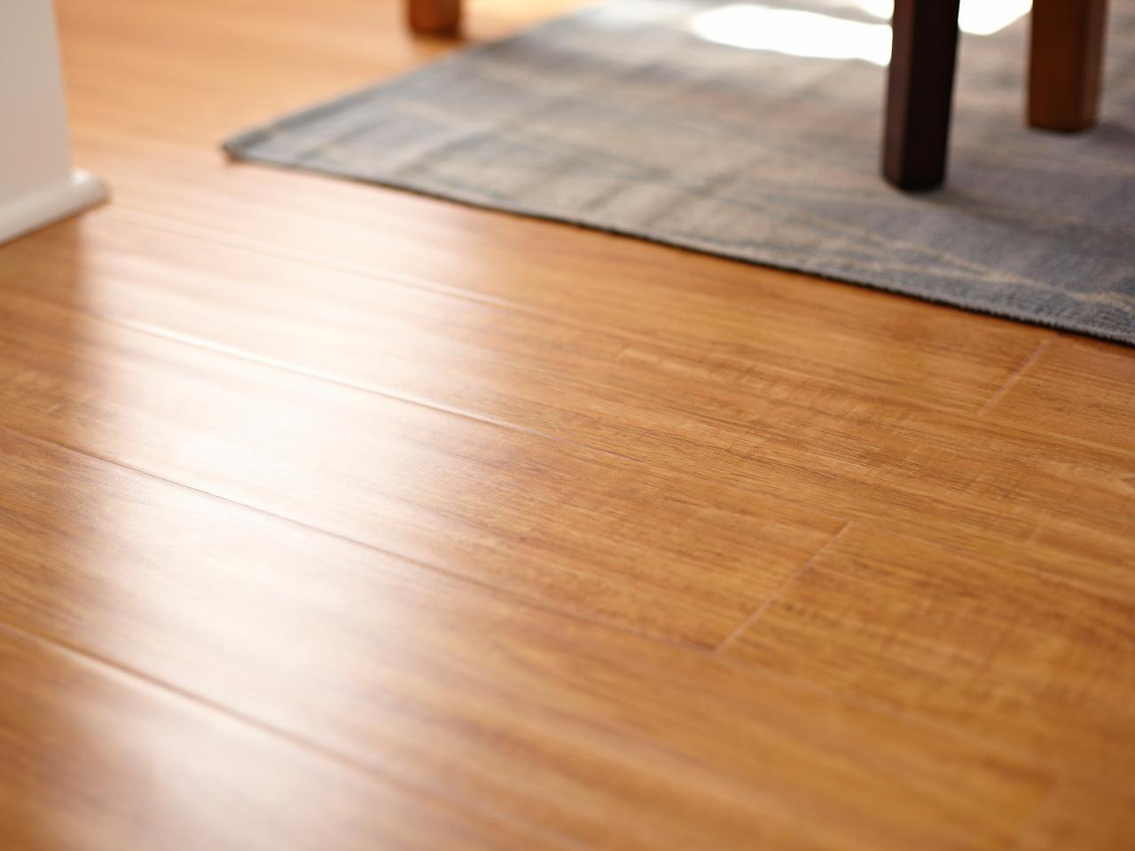 How to clean and maintain laminate floors diy for Hard laminate flooring