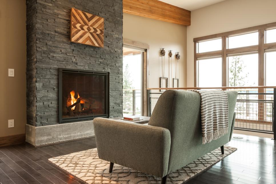 Great room pictures from diy network blog cabin 2015 diy for Great room fireplace