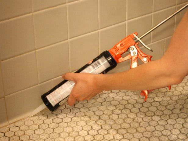 Bathtub ideas diy how tos diy for Diy bathroom demolition